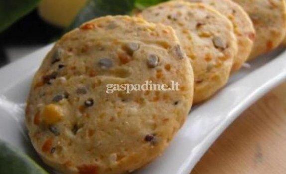 Sausainiai su sėklomis
